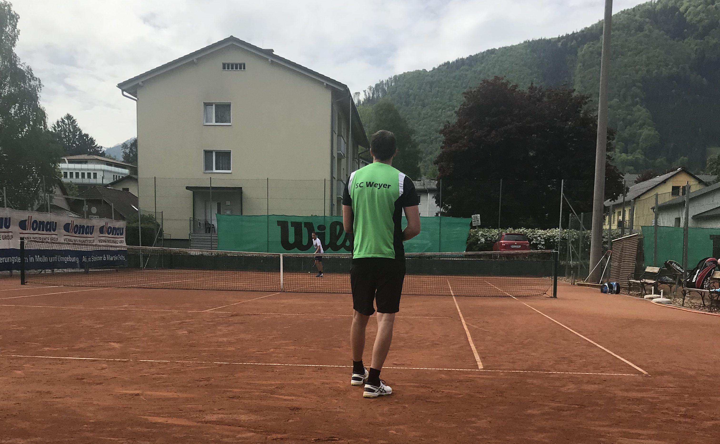 Intensives Tenniswochenende bringt  eine Niederlage und einen Sieg